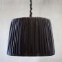 Stor mörkgrå taklampa