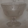 Äldre skål i fint pressglas